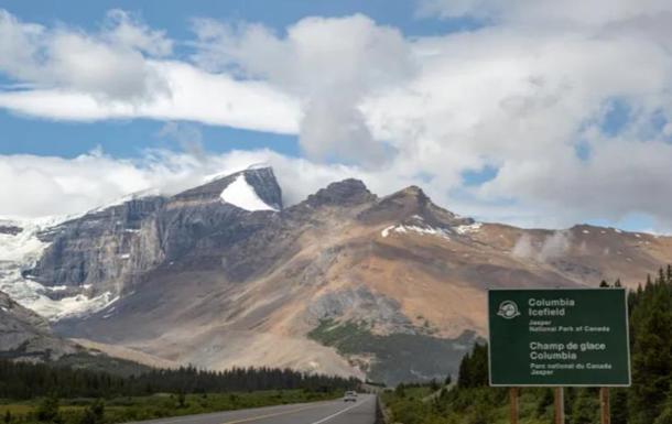У Канаді через сходження лавини загинули двоє осіб
