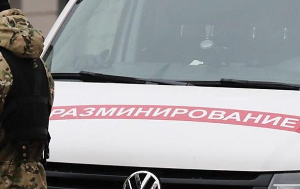 У Білорусі масово  замінували  школи і держорганізації
