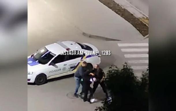 У Рівному напали на патрульних, які затримали хулігана