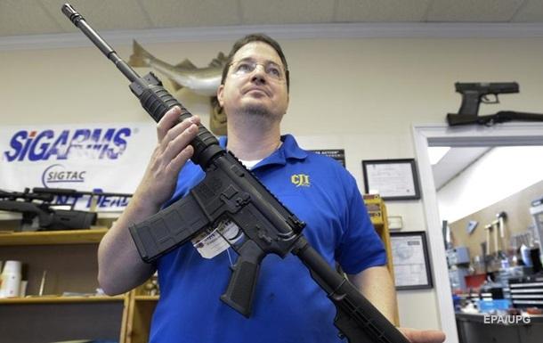 Американці купують мільйони одиниць зброї на місяць - ЗМІ