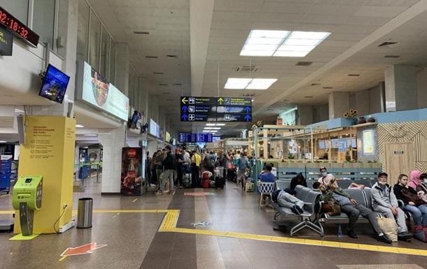 Літак Белавіа, що летів з Єгипту, екстрено сів у Краснодарі