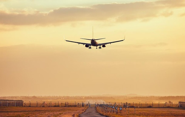 У Білорусі не рекомендують літати над Україною