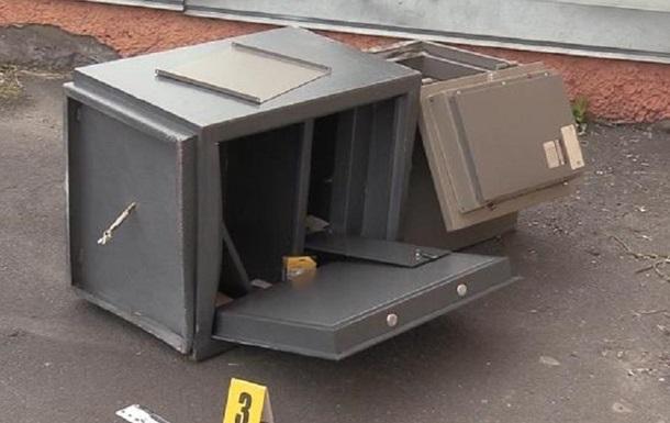 У Києві грабіжники винесли з офісу сейф