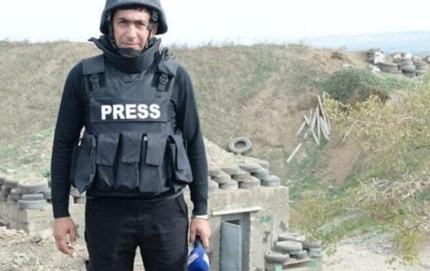 У Карабасі на міні підірвалися двоє журналістів