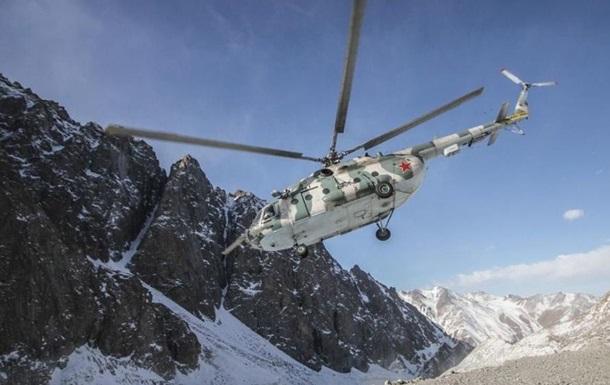 У Киргизстані впав вертоліт зі спецназом, 13 постраждалих