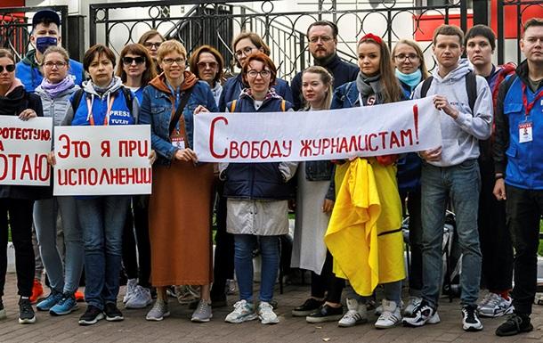 Германия направит почти 3 млн евро на поддержку белорусских журналистов