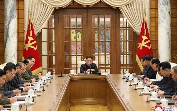 Лідер КНДР вперше за місяць з явився на публіці