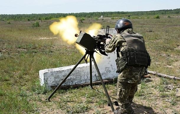 На Донбасі посилилися обстріли