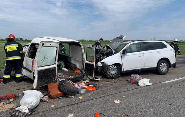 У Рівненській області зіткнулися два авто, є загиблі