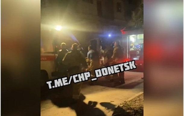 На Донетчине из горящей квартиры спасатели вынесли двоих детей