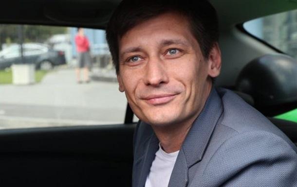 Російський опозиціонер заявив, що виїхав в Україну