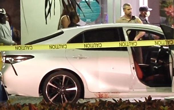 Во Флориде обстреляли ресторан, трое убитых
