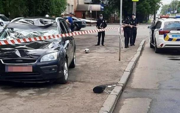 У Луцьку на переході збили чоловіка з дітьми