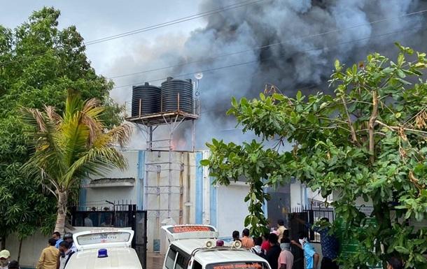 Жертвами пожежі на заводі в Індії стали 18 осіб - ЗМІ