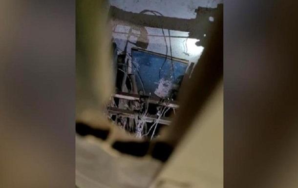 Стала известна причина падения лифта с украинцами в Польше