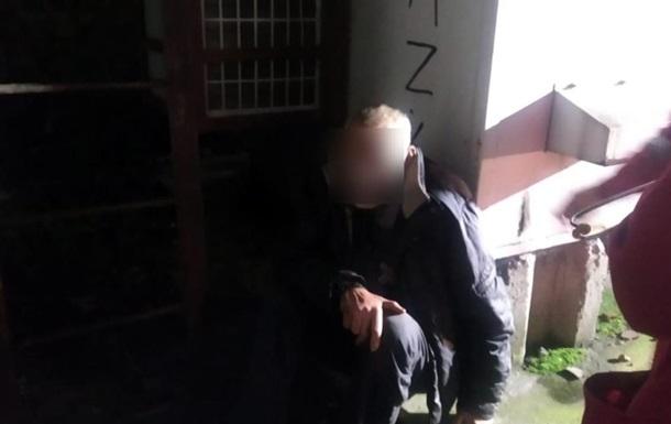Житель Дніпра на п ять днів застряг у трубі котельні