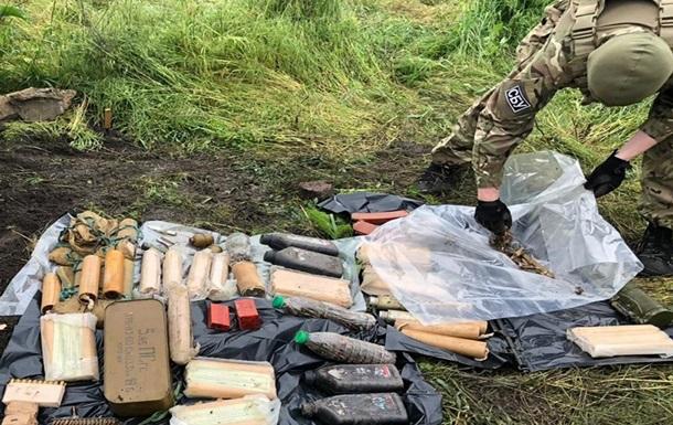 На Донбасі СБУ виявила схованку снайпера  ДНР