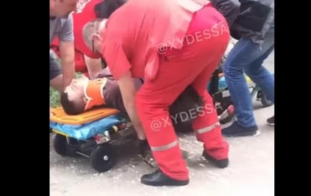 В Одесі альпініст вижив після падіння з багатоповерхівки