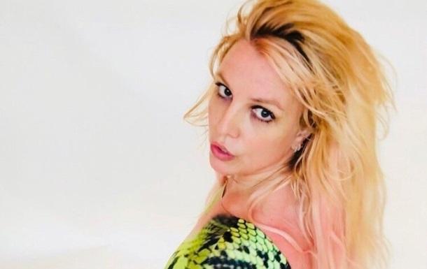 Фанатов Бритни Спирс напугал ее новый танец