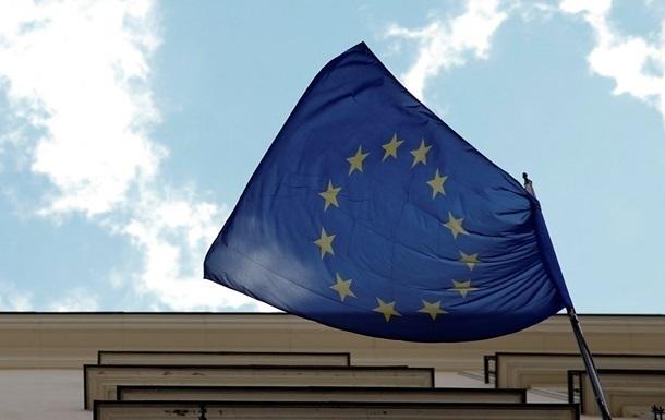 ЕС продлевает крымские санкции на год - СМИ