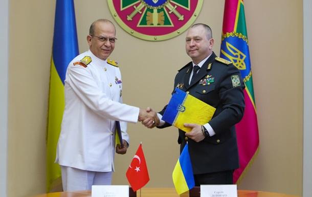 Україна і Туреччина відновлять дружні візити кораблів
