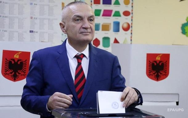 В Албанії президенту оголосили імпічмент