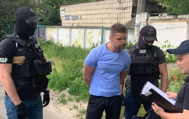 Топ-менеджер Укртрансбезопасности обложил  данью  маршрутчиков в Киеве