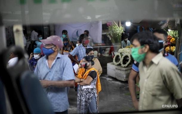 В Индии растет число заболевших `черной плесенью`
