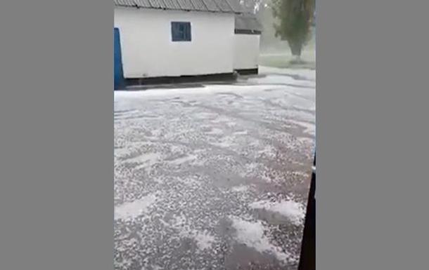 В Кировоградской области град уничтожил урожаи
