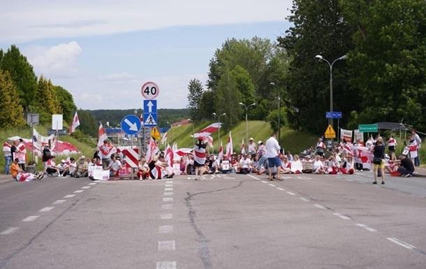 На кордоні з Білоруссю мітинги відразу в трьох країнах