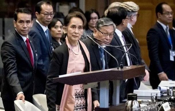 У М`янмі хунта судитиме арештованого президента