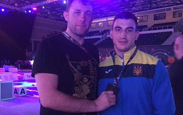 Украинский борец Новиков победил на турнире Poland Open