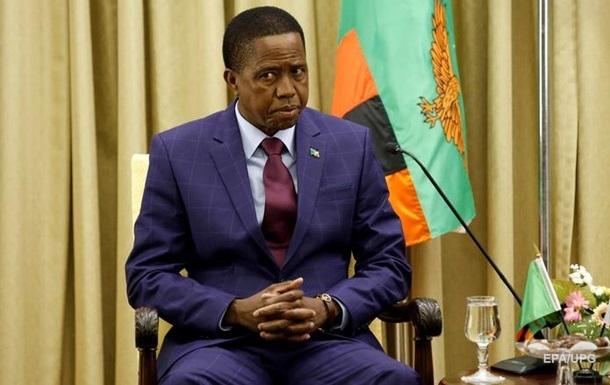 У Замбії президент втратив свідомість під час параду
