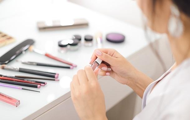 Небезпечна краса: вчені виявили токсичні речовини в косметиці