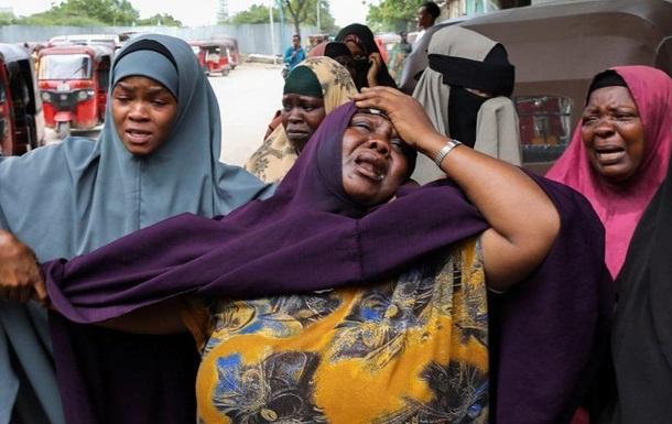 У Сомалі під час вибуху терориста-смертника загинули 15 осіб
