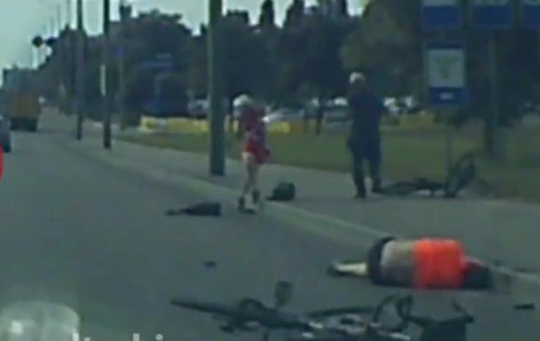 Момент гибели велосипедиста в Киеве попал на видео