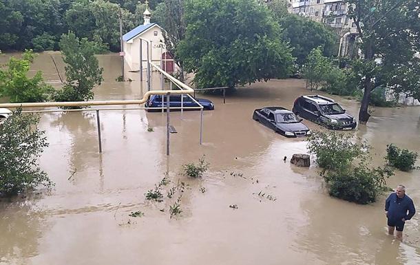 У Керчі ввели режим НС через затоплення міста