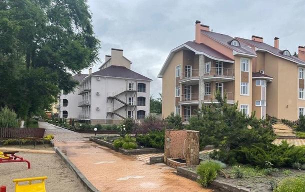 В іноземця виманили $1,5 млн на реконструкцію бази відпочинку в Коблевому