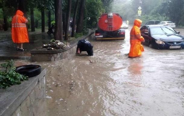 Потоп у Криму: з явилися перші жертви