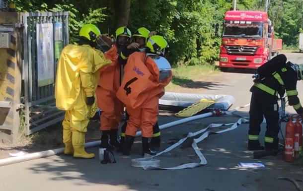 У Чехії двоє людей загинули через витік хімікатів на підприємстві