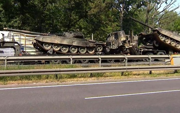 В Польше танки сгорели на дороге из-за ДТП