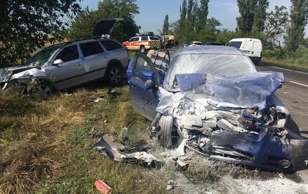 Масштабна ДТП на Миколаївщині: двоє загиблих і семеро постраждалих