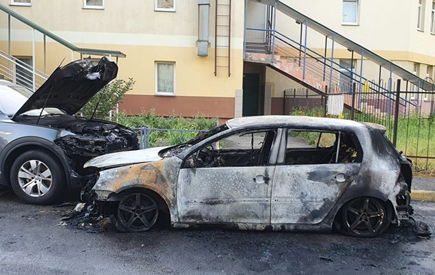 В Киеве сожгли автомобиль активисту