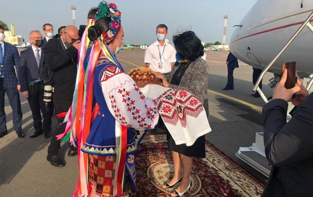 Президент Грузии прибыла в Украину