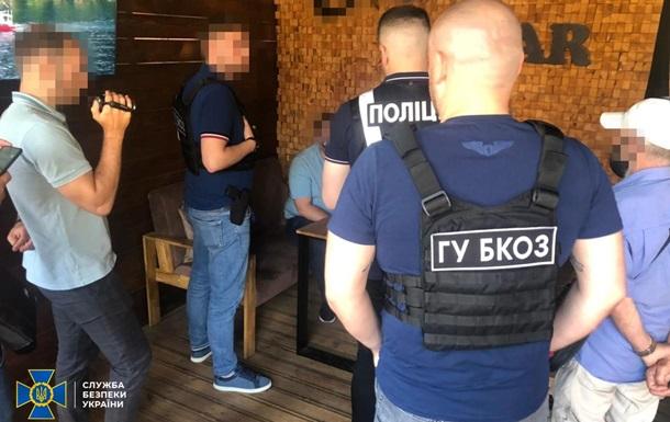 В Укрзализныце воровали щебень на миллионы гривен