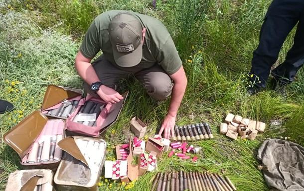 СБУ виявила схованку зброї  Війська Донського