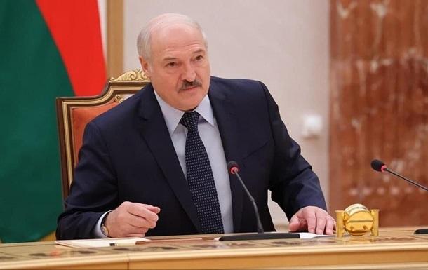 Лукашенко готовий ввести воєнний стан у Гродненській області