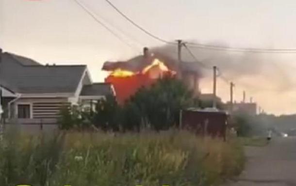 Под Киевом молния подожгла частный дом