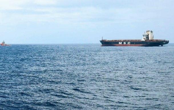 При пожаре на судне в Индийском океане погиб украинский моряк - СМИ