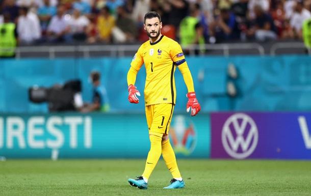 Льоріс відбив свій перший пенальті за збірну Франції